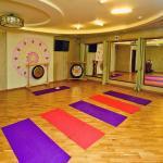 image yoga-2015-065-jpg