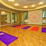 image yoga-2015-067-jpg