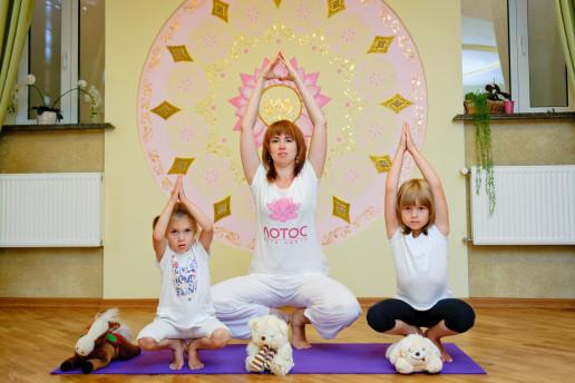 Yoga_2014_212